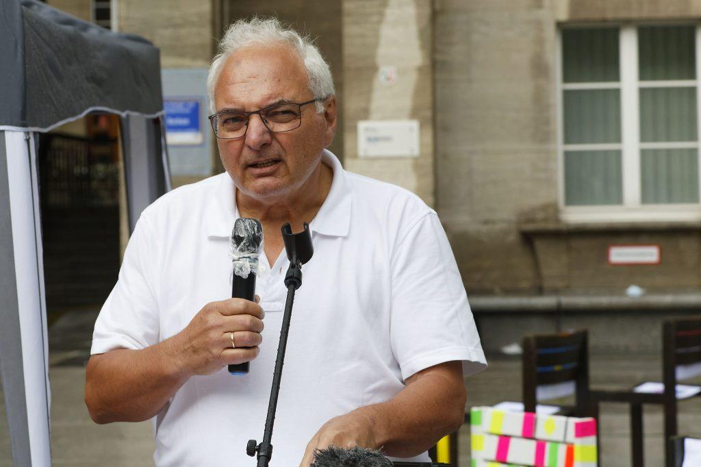 Arno Lohmann erinnert an die Bochumer Friedensglocken für Hiroshima