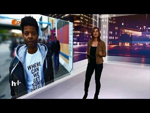 Isaiah Lopaz bei AfroPolitan Berlin Mit T Shirts gegen Rassismus