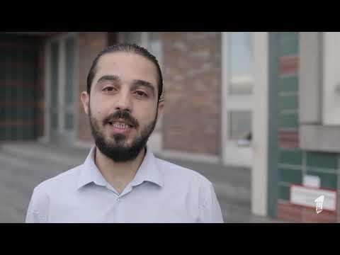 """Tareq Alaows (Seebrücke) für """"Ein Europa Für Alle – Deine Stimme gegen Nationalismus"""" Demo"""